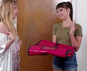 GIRLSWAY - Roleplaying lezzie couple - Riley Reid, Ivy Wolfe