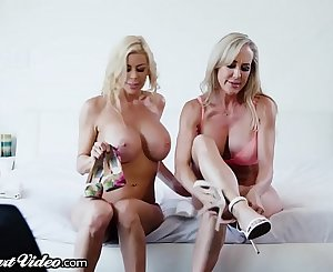 Brandi Love & Alexis Fawx Rim, Kiss and Lick Each Other!